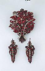 granátový šperk, velikost: , velikost: 25.84 KB, obrázek se otevře v novém okně